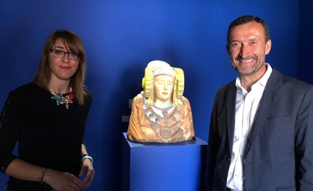 El Mahe Exhibe Una Replica De La Dama De Elche Con Su Policromia