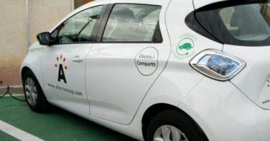 Nace la primera red de coches eléctricos compartidos que funcionan con energía solar