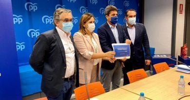 Mazón se compromete a que la Comunitat tendrá los impuestos más bajos de toda España